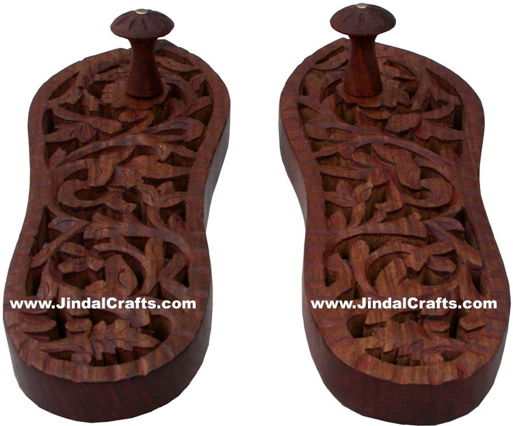 Hand Carved Wooden Paduka Hindu Religious Artifact Indian Handicrafts Arts
